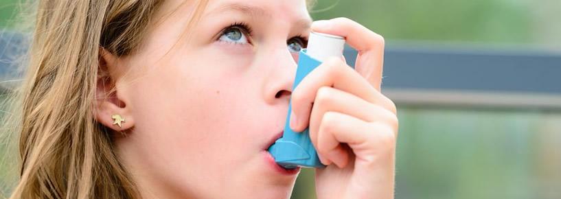 4 regras básicas para controlar a asma em crianças