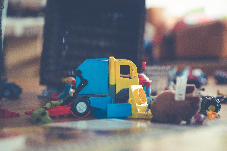 Prioridade da infância é BRINCAR, e não criar currículo!